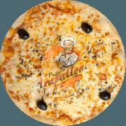 Tradicionais: Mussarela - Pizza Gigante (Ingredientes: Azeitona Preta, Molho Especial de Tomate, Mussarela, Orégano)