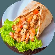 Kebab´s: Frango - Kebab´s (Ingredientes: Pão Sírio, Peito de Frango, Alface, Cebola, Creme de Alho, Tomate)