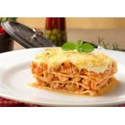 Lasanha: Lasanha de Frango - Pequena 400g (Ingredientes: Camadas de deliciosa massa caseira Italiana, Tempero especial Bel Mangio, Gratinada com queijo parmesão, Molho de Frango e Bechamel, Generosas fatias de muçarela)