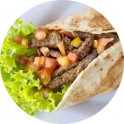 Kebab´s: Carne - Kebab´s (Ingredientes: Pão Sírio, Alface, Tomate, Cebola, Creme de Alho, Carne Bovina)