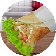 Kebab´s: Kebab Frango c/ Requ - Kebab´s (Ingredientes: Alface, Creme de Alho, Pão sirio, Peito de Frango, Requeijão Cremoso, Tomate)