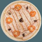 Pizzas Salgadas Semi Pronta: Bacon (12) - Pizza Grande (Ingredientes: Azeitona, Bacon, Molho de Tomate, Mussarela, Orégano, Tomate)
