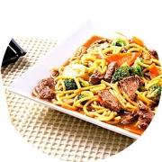 Yakisoba: Yakissoba especial camarão - Yakisoba (Ingredientes: Camarão, Carne, Frango, Legumes)