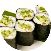 Uramaki: Uramaki Dragon 10 unidades - uramaki com uma lamina de salmao