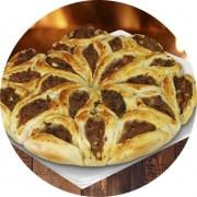 Porções: Esfiha Turca 21 - 1 Porção (Ingredientes: 21 Carne)