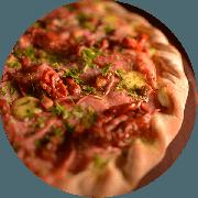 Premium: Calábria - Pizza Média (Ingredientes: Bacon, Calabresa, Cruzado de Requeijão, Lombo Canadense, Molho de Tomate Cuko