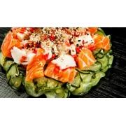 Sunomono: Sunomono de Kani - Entrada (Ingredientes: Kani, Rodelas finíssimas de pepino)