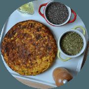 Omelete: Omelete de Filé Mignon - Omelete (Ingredientes: 2 ovos, Cebolinha, Filé de Carne, Queijo coalho, Tomate)