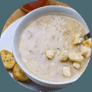 Sopa: Macaxeira com Carne de Sol. 500ml - Sopa (Ingredientes: Cubinhos de queijo coalho, Macaxeira, Sopa cremosa com carne de sol desfiada, Temperos)