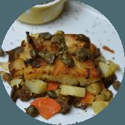 Peixes e Frutos do Mar: Filé de Peixe com Legumes - prato (Ingredientes: (+2 Acompanhamentos), Batata Inglesa, Berinjela, Cenoura, Molho de Alcaparras, Peixe Pescada Amarela, Pimentão)
