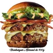 Artesanais: Big Dublo - Hambúrguer (Ingredientes: Alface, Bacon, Cebola, Dois Hambúrguer de 100g, Duas Fatias de Queijo, Molho Especial, Pão, Tomate)