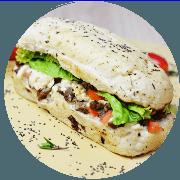Sanduíche: Sanduíche de Filet - Sanduíche (Ingredientes: Filé Mignon, queijo Minas, molho de queijo, alface e tomate)