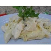 Molhos: Molho Quatro Queijos - 500g (Ingredientes: Leite, Catupiry, Gorgonzola, Provolone, Parmesão)