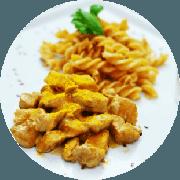 Massas: Fusilli de Frango ao Curry - Fusilli integral, frango ao molho curry.