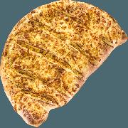 Calzone: Frango - Calzone Grande (Ingredientes: Orégano, Catupiry, Milho, Tomate, Muçarela, Frango Desfiado e Temperado)