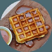 Sobremesas: Waffle de Mel - Farinha de Arroz, Mel, polvilho doce. Não contém glúten, nem Lactose.