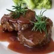 Carnes: Filé Chateaubriant - A La Carte Pequeno (Ingredientes: filé alto ao molho madeira. acompanha : arroz branco e pure.)