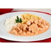 Frango: Strogonoff de Frango - A La Carte Pequeno (Ingredientes: filé de frango ao molho ao creme. acompanha arroz branco e pure.)