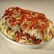 Carnes: Filé a Parmegiana - A La Carte Pequeno (Ingredientes: filé de carne a milanesa, espaguete ao molho de tomate. gratinado com mussarela.)