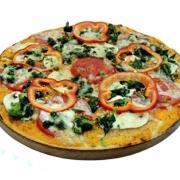 Pizzas Tradicionais: Vegetariana - Pizza Pequena (Ingredientes: Cebola, Manjericão, Milho, Molho de Tomate, Mussarela, Orégano, Palmito, Rúcula, Tomate)