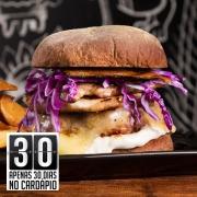 Burger: 00-Bubba Tennessee - Hambúrguer (Ingredientes: Pão Australiano, Bacon, Panceta Marinada no Vinho Branco, Repolho Roxo, Burger de Porco de 160g, Queijo Mussarela, Molho Especial de Limão, Porção de Batata Rústica)