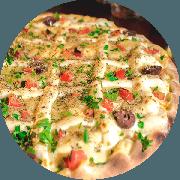 Especiais: Frango Especial - Pizza Média (Ingredientes: Azeitona, Cebola, Cruzado de Requeijão, Frango, Molho de Tomate Cuko
