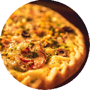 Especiais: Best Bacon - Pizza Média (Ingredientes: Mussarela, Orégano, Cebola, Bacon, Azeitona, Molho de Tomate Cuko