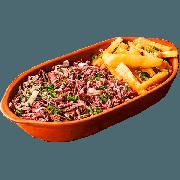 Porções: PORÇÃO Carne Seca c/ Mandioca - Pequena (Ingredientes: Carne seca acebolada em cubinho, Mandioca frita, Polenta)