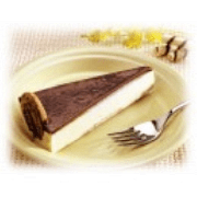 Sobremesas: Torta Holandesa - Creme holandês, biscoito calipso e calda de chocolate